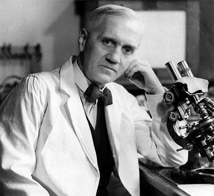 Alexander Fleming descubrió la penicilina en 1928