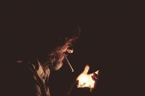 85% de las personas que tratan de dejar de fumar recae