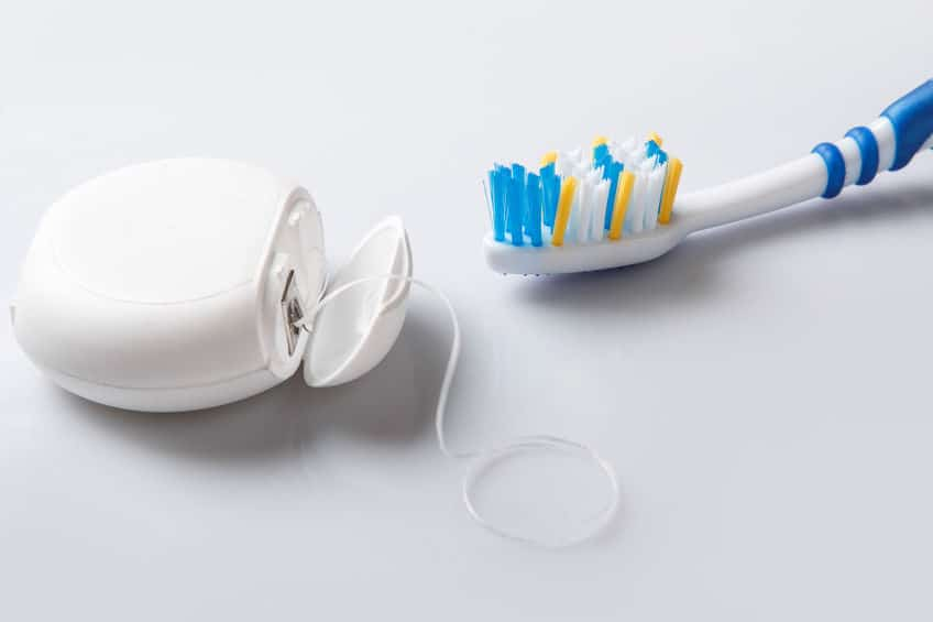 Importancia del hilo dental
