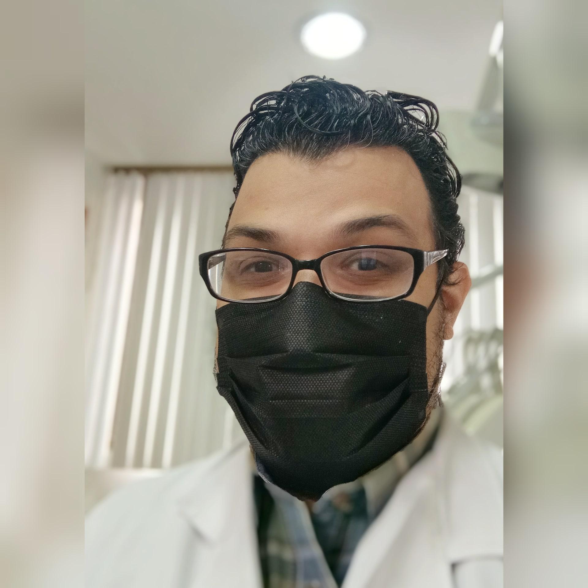 Odontólogo Luis Marcano - Caracas